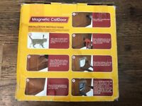 Brand new Magnetic Cat Door by Spectra Pet £5