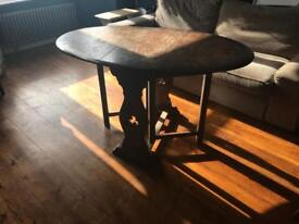 Solid wood oval table with leaves