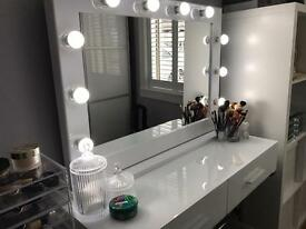 Hollywood Vanity Makeup Mirror with Light bulbs - CHEAPEST IN UK