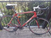 TREK MADONE 2.1 C H2 ROAD BIKE
