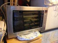 Panasonic NN-CT878SBPQ 32 Litre 1000 watt Combination Microwave Oven, Stainless