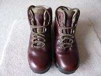 Walking boots - leather