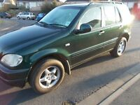 2000 W Registration Mercedes ML 320 3199cc petrol Automatic 4x4 Auto 5 door Estate MOT 10 June 2017