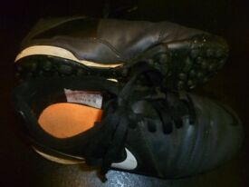 Nike Astro football boots size 1