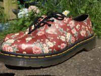 Flowery Women's Doc Martens Size 5 WANT GONE ASAP!