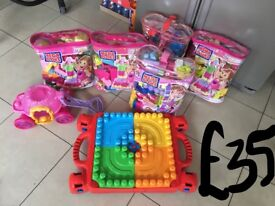 Mega bloks bundle with table massive set