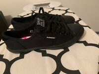 Superdry trainers never worn