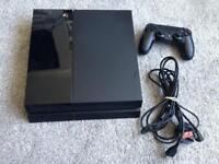 PlayStation 4 500gb with controller