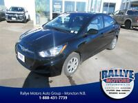 2013 Hyundai Accent GL! Heated Seats! ONLY 35 KM!