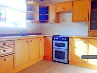 2 bedroom flat in Ladeside, Newmilns, KA16 (2 bed)