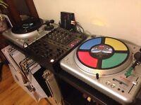 2x Vestax PDX-2000 vinyl turntables