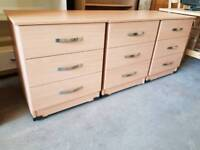 Modern bedside drawers (x4 available)