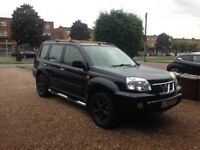 NISSAN X-TRAIL2.5L AUTO IN BLACK WITH CREAM LEATHER INTRIOR,MOT FEB 19 ,FULL SERVICE HISTORY