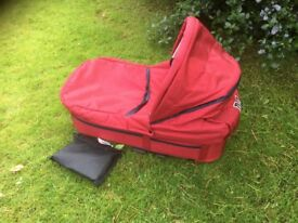 Mutsy carrycot