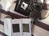 Nintendo DS Lite c/w 6 games and case and charger