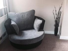 360 Cuddle Chair