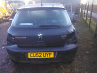 BLACK PEUGEOT 307 BOOT COMPLETE WITH STRUTS WIPER ETC