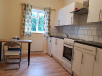 £350 / w - One bedroom flat inclusive of gas and water bills, W6