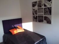 74 Austhorpe Road-SUPERB ROOM-ALL BILLS INCLUDED!!FREE WIFI INCLUDED!!
