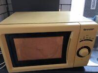 SHARP Microwave 800 W