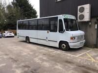 Mercedes Bus minibus
