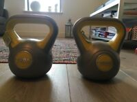 2, 4kg kettlebells and ab wheel
