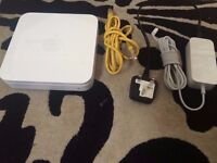 Apple Airport Extreme A1143 WiFi Router With Power Supply - 100% FULLY WORKING - BARGAIN AT ��20