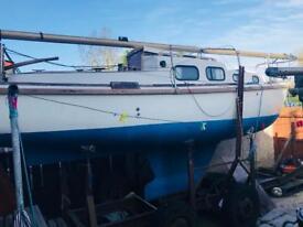 Halcyon 23ft fin keel yacht