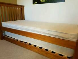 Single bed with pull-out 'trundle' second bed & mattress