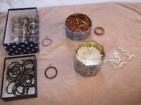Various curtain hooks and rings