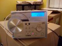 Hitachi KC-92CD Clock radio / CD player