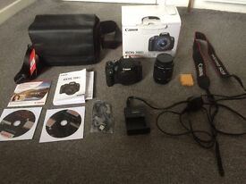 Canon EOS 700D and free camera bag, NEW CONDITION, only bought 2 weeks ago