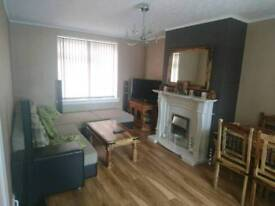 3 bed semi-detached property to rent