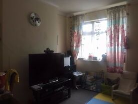 2 Double Bedroom maisonette - Hayes