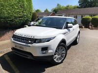 White Range Rover Evoque 2.2 SD4 Prestige Lux. 5dr. Pan roof, well-cared for and extras.