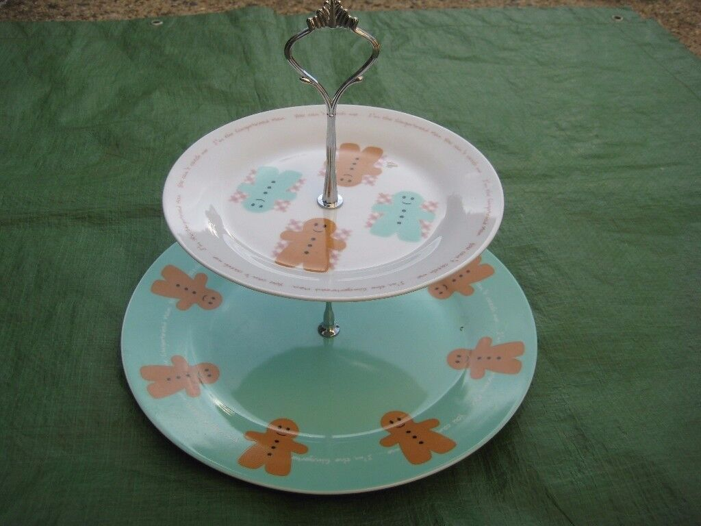 Two Tier Gingerbreadman Porcelain Cake Stand