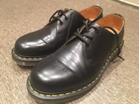 New Dr Martens Mens Shoes/Size 9/Worn Only Once