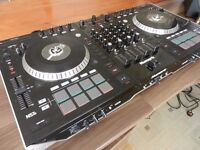 Numark NS7ii DJ Turntable Controller Mixer Decks - Boxed In As New Condition
