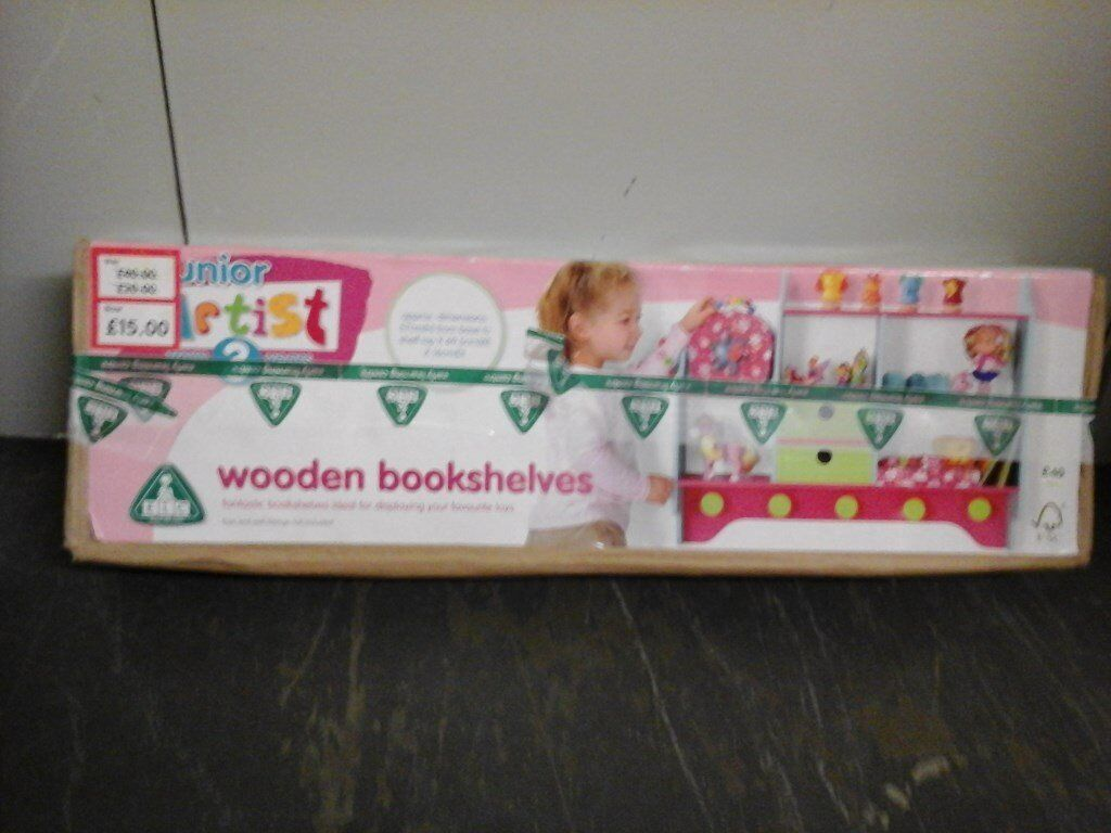 Child's wooden book shelf AS NEW still in box £40 US £10.