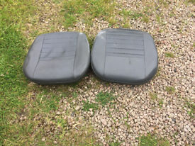 Landrover Defender - two front seat bases