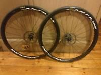Mavic Aksium Disc Road Bike Wheels 700c with tyres