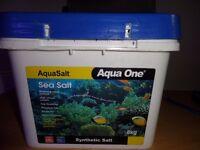 brand new 8kg marine salt bucket