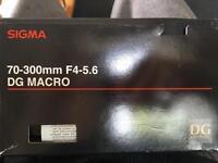 Sigma 70-300mm f4-5.6 Camara lens. Brand new