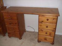 Soild wood dresser / desk with drawers