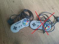 1 x Official Nintendo SNES controller. Super Nintendo.