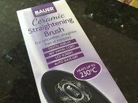 Ceramic straightening brush boxed