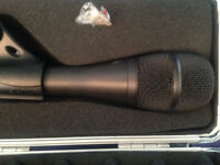 1 x Shure KSM9 Premium Vocal condenser Microphone - dual pattern - 3 available