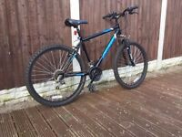 Mens Muddyfox Hardtail Front Suspension Mountain Bike in MINT Condition