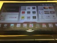 "LG 32"" smart LED TV wi-fi apps"