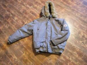 2 vestes d'hiver grandeur large